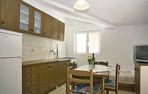 Für 4 Personen: Hübsches Apartment / Ferienwohnung in der Region Jadrtovac