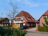 Appartement 1640753 voor 5 personen in Hooksiel
