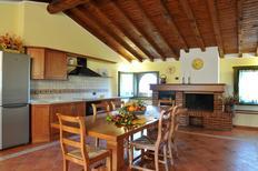 Appartement 1641340 voor 7 personen in San Felice del Benaco