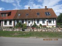 Ferienwohnung 1642448 für 4 Personen in Blowatz-Friedrichsdorf