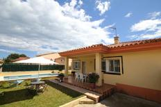 Holiday home 1643725 for 6 persons in Urbanitzacio Riumar