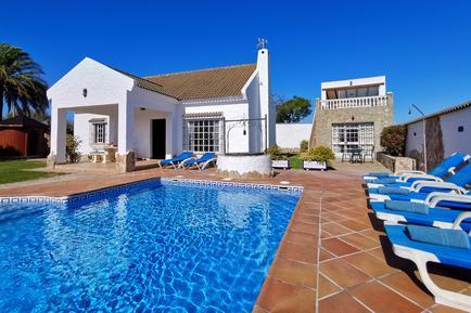 Gemütliches Ferienhaus : Region Costa de la Luz für 12 Personen