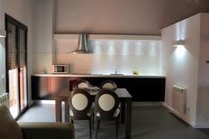 Appartement 1644195 voor 4 personen in Olot