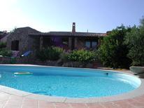 Ferienhaus 1645136 für 8 Personen in Monte Petrosu