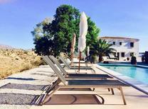 Vakantiehuis 1645183 voor 14 personen in Comares