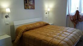 Appartement 1645632 voor 6 personen in Vieste