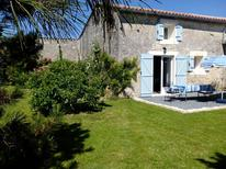 Holiday home 1646208 for 4 persons in Sonnac