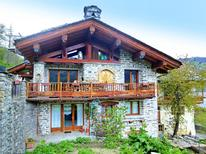 Holiday home 1646564 for 15 persons in Villaroger