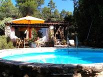 Ferienhaus 1646580 für 5 Personen in Sillans-la Cascade