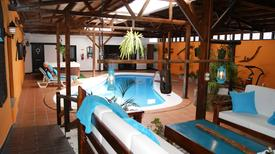 Holiday home 1646667 for 4 persons in Triquivijate