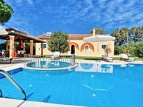 Holiday home 1646915 for 8 persons in Roda