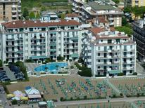 Holiday apartment 1647253 for 4 adults + 1 child in Lido di Jesolo