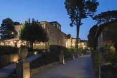 Vakantiehuis 1648084 voor 48 personen in San Severino Marche