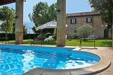 Ferienhaus 1648151 für 12 Personen in Montefalco
