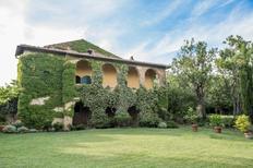 Vakantiehuis 1648188 voor 16 personen in Monticchiello