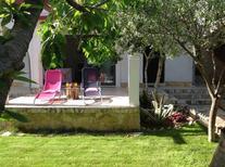 Villa 1648275 per 8 persone in Okrug Gornji