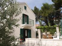 Villa 1648349 per 6 persone in Splitska