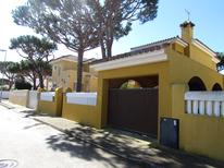 Holiday home 1648459 for 10 persons in Chiclana de la Frontera