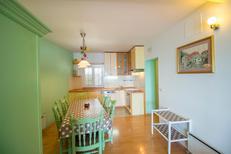 Appartement 1648818 voor 8 personen in Omiš