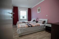 Appartement 1649059 voor 4 personen in Promajna