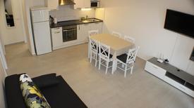 Appartement 1649104 voor 6 personen in Promajna