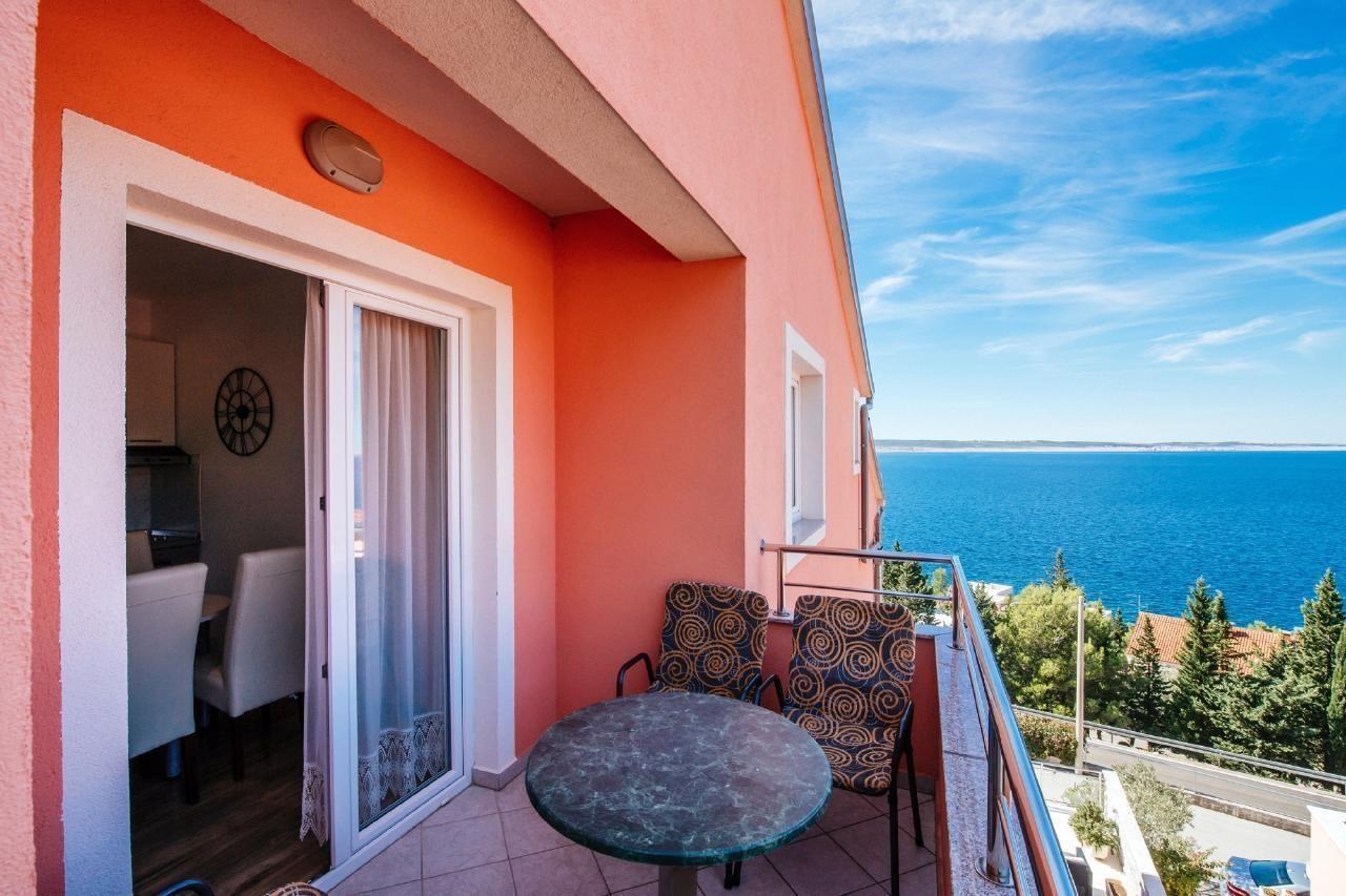 Ferien Wohnung Zwei Schlafzimmer Balkon mit Blick