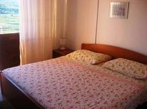 Ferienwohnung 1649605 für 3 Personen in Jelsa