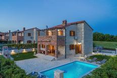 Ferienhaus 1650030 für 9 Personen in Butkovici