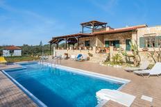 Ferienhaus 1650579 für 9 Personen in Galatas-Chania