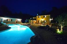 Ferienhaus 1651333 für 10 Personen in Nedescina
