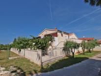 Holiday apartment 1651449 for 5 persons in Pjescana Uvala