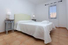 Casa de vacaciones 1651788 para 3 adultos + 1 niño en Corralejo