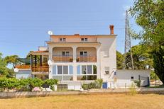 Studio 1652149 for 5 persons in Pula