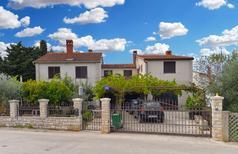 Appartement 1652644 voor 4 personen in Stinjan