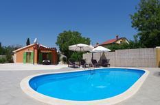 Vakantiehuis 1653032 voor 4 volwassenen + 2 kinderen in Vodnjan