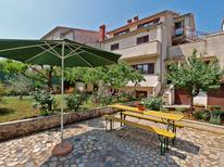 Studio 1653898 for 6 persons in Pula