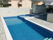 Holiday apartment 1654988 for 5 persons in Cesarica