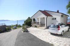 Appartement 1655563 voor 6 personen in Sveti Juraj