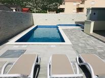 Appartamento 1655601 per 5 persone in Cesarica