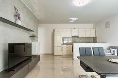 Appartement 1655636 voor 2 volwassenen + 1 kind in Stinjan
