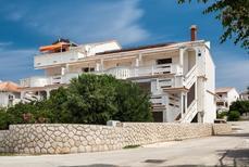 Maison de vacances 1656759 pour 4 personnes , Kustići