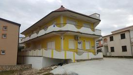 Holiday apartment 1656788 for 4 persons in Vir