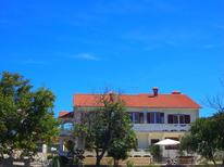Holiday apartment 1656878 for 8 persons in Rab