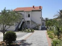 Holiday apartment 1656899 for 7 persons in Rab