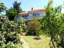 Holiday apartment 1656908 for 6 persons in Rab