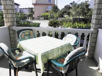 Holiday apartment 1656955 for 6 persons in Rab
