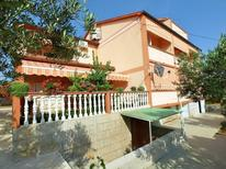 Holiday apartment 1657091 for 4 persons in Rab