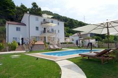 Holiday home 1657123 for 5 persons in Rab
