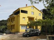 Apartamento 1657269 para 5 personas en Rab