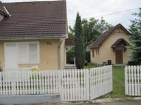 Holiday apartment 1657506 for 5 persons in balatonkeresztur